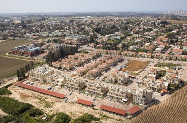 תיקון גגות רעפים אבן יהודה